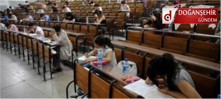 Üniversite öğrencilerine burs veren kurumların tam listesi
