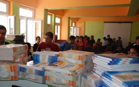 Dobkad ,  Milli Eğitim İşbirliği İle Kitap Dağıltıldı