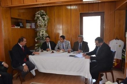 Doğanşehir İlçesi'nde, alt yapı sorunlarıyla ilgili toplantı yapıldı.