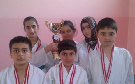 Doğanşehir Karatede 1 Numara