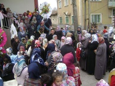 Doğanşehir'de Kadınlar Günü Etkinliği İlgi Gördü