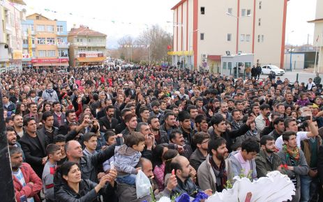 Hdp Doğanşehir 1. Geleneksel Bahar Festivalini Düzenledi