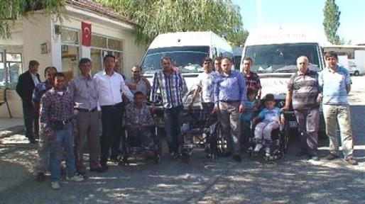 İki Tekerlekli Sandalye Teslim Edildi