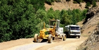 Doğanşehir, Söğüt'te ve Gövdeli'de Yol Yapım,Genişletme ve cevre düzelemesine Devam Ediyor