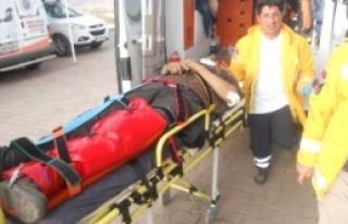Minibüs Şarampole Yuvarlandı: 1 Ölü, 6 Yaralı
