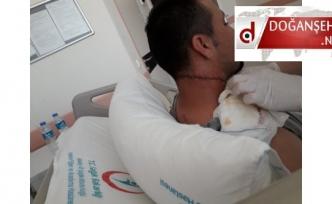 Doğanşehir de Sağlık Memuru Mesai Arkadaşını Maket Bıçağı İle Ağır Yaraladı(Videolu Haber)