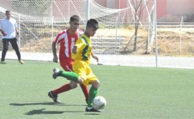 Malatya Amatör Küme Futbol Ligi U 15 kategorisinde dördüncü hafta karşılaşmaları yarın oynanacak